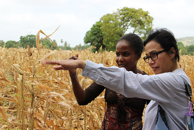 Sri Mulyani Indrawati, World Bank MD and COO with Rosa Mercius. Photo by World Bank Photo Collection: https://www.flickr.com/photos/worldbank/14426353977/in/set-72157629467956619