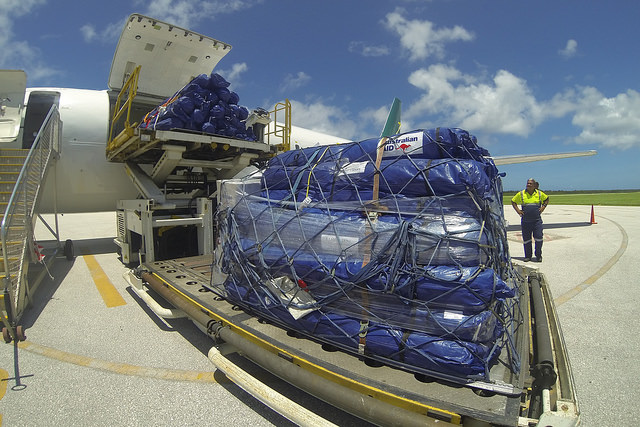 Australian aid delivery. Image by DFAT on Flickr: https://www.flickr.com/photos/dfataustralianaid/14913244667/