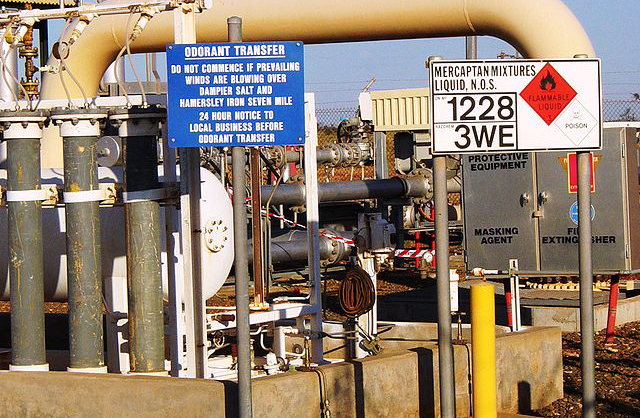 Image by Glen Dillon via Wikimedia Commons. https://commons.wikimedia.org/wiki/File:Gas_pipeline_odourant_injection_facility.JPG