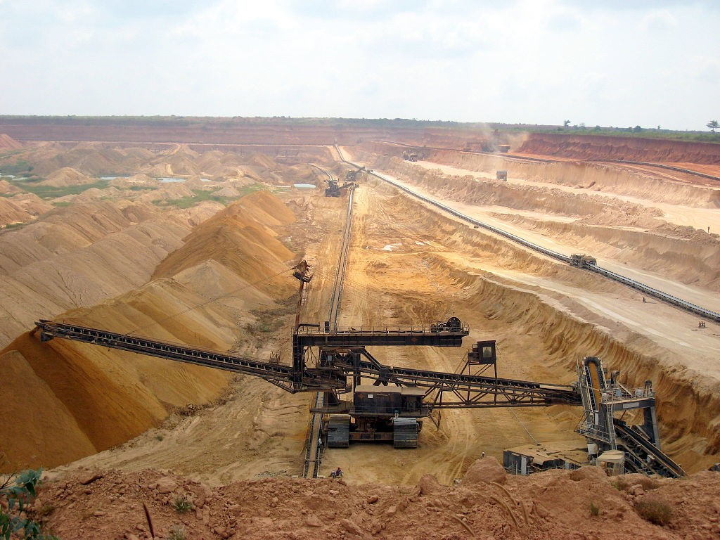 Image by Александра Пугачевская via Wikimedia Commons. https://commons.wikimedia.org/wiki/File:Togo_phosphates_mining.jpg