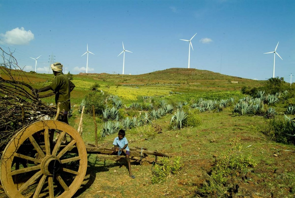 Image by Yahoo via Wikimedia Commons. https://commons.wikimedia.org/wiki/File:India_fields_and_wind_turbines.jpg