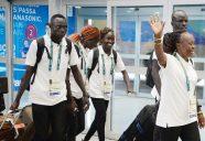 Rio de Janeiro - Integrantes da Equipe Olímpica de Atletas Refugiados desembarcam no RioGaleão. Os atletas são refugiados do Sudão do Sul que vivem no Quênia e disputarão diferentes modalidades de corrida nas competições de atletismo ( Tomaz Silva/Agência Brasil)