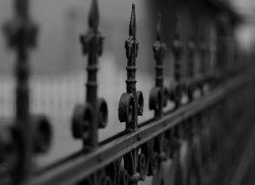 prison-fence-1800